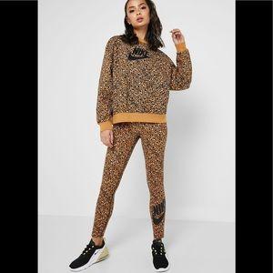 New Nike animal leopard print leggings